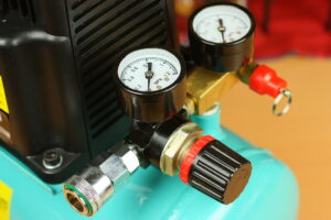 Read more about the article Advantages Of Silent Oil-Free Air Compressors